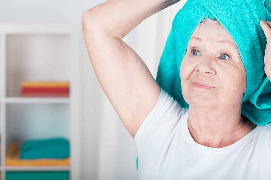 Tips for giving a bath to seniors